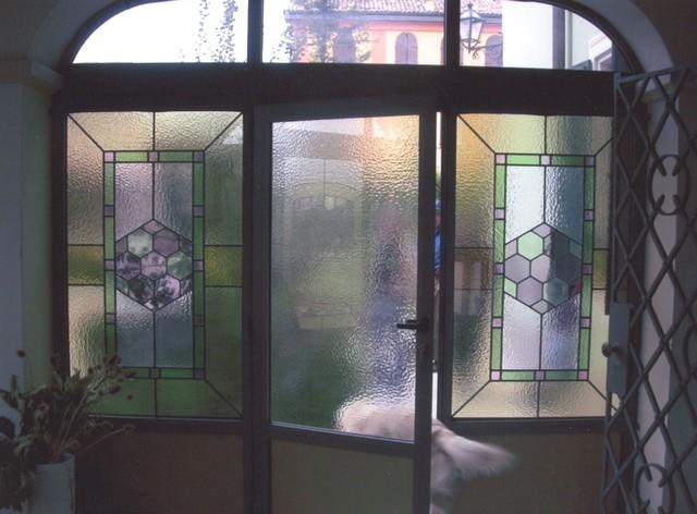 Realizzazione vetrate e vetri artistici decorati per finestre portefinestre modena emilia - Vetri doppi per finestre ...