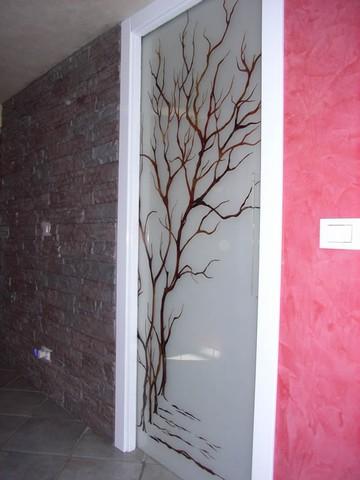 produzione vetri decorati per porte moderne anche contoterzi ... - Vetri Sabbiati Per Porte