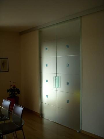 Produzione vetri decorati per porte moderne anche - Colori per porte interne ...