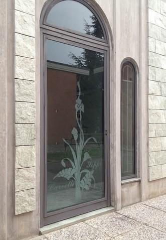 Pin vetri artistici decorati per porte vendita online on for Porte in vetro per cappelle cimiteriali