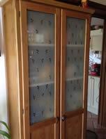 Realizzazione vetri decorati o dipinti per arredamento for Ikea dispensa